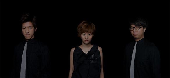 左から) 森田悠介 (b) / 桑原あい (p) / 今村慎太郎 (ds)