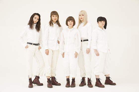 BILLIE IDLE (R)
