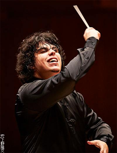 アンドレア・バッティストーニ指揮 札幌交響楽団