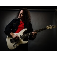 Vinnie Moore