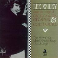 Sings Porter & Gershwin