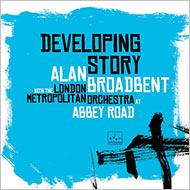 アラン・ブロードベント新録はトリオ+フルオーケストラによる意欲作