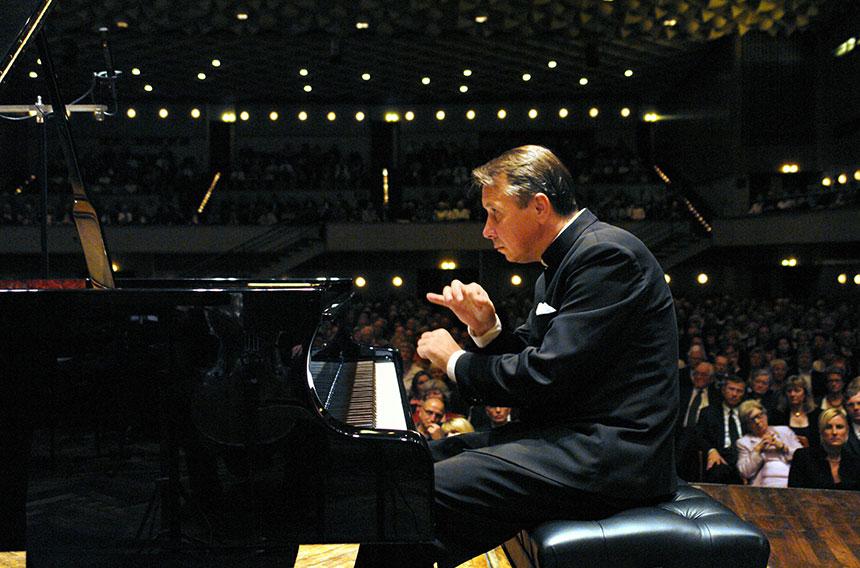 ミハイル・プレトニョフ ピアノ・リサイタル