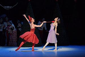 新国立劇場バレエ団『不思議の国のアリス』