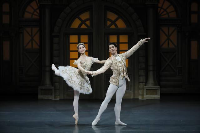 新国立劇場バレエ団「くるみ割り人形」
