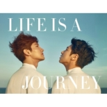 LIFE IS A JOURNEY (BOOK+DVD)