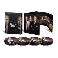 ハウス・オブ・カード 野望の階段 SEASON 4 Blu-ray Complete Package <デヴィッド・フィンチャー完全監修パッケージ仕様>