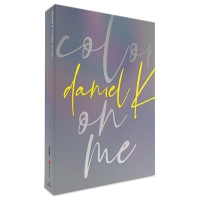 1st Mini Album: color on me