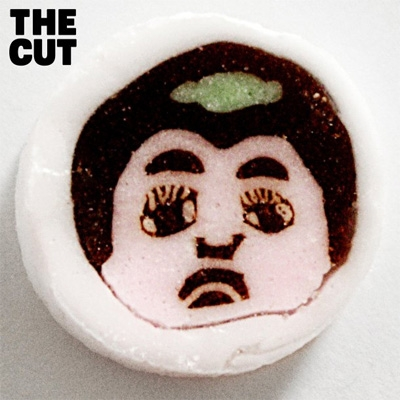 THE CUT 【完全生産限定盤 : スペシャルパッケージ仕様】