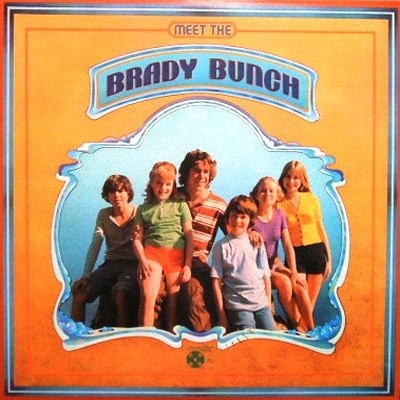 Meet The Brady Bunch +2