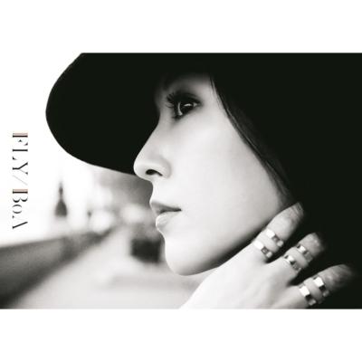 FLY 【初回生産限定盤】 (CD+写真集)