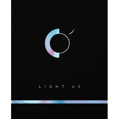 1st Mini Album: LIGHT US