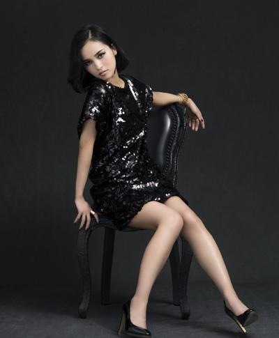 【インタビュー】 滴草由実 『#10 story 〜Best of Yumi Shizukusa〜』