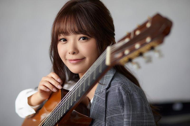 朴 葵姫(ギター)